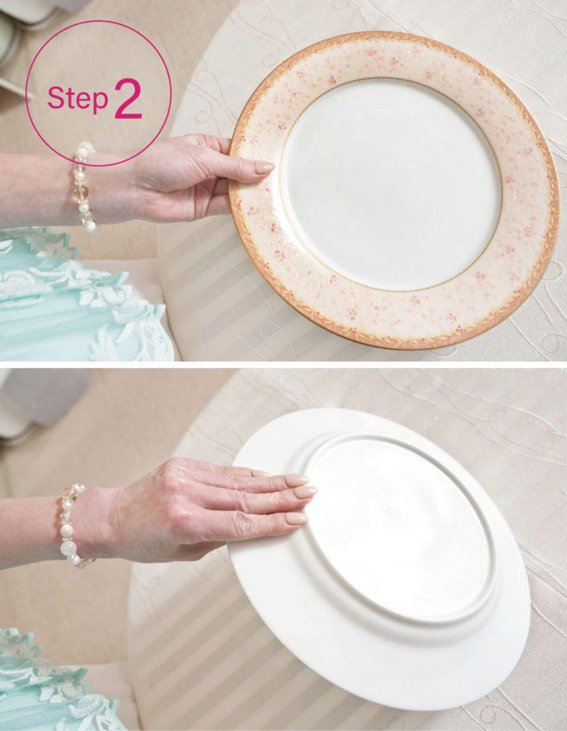 お皿の持ち方